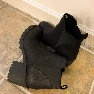Dirty Laundry Lido Boot